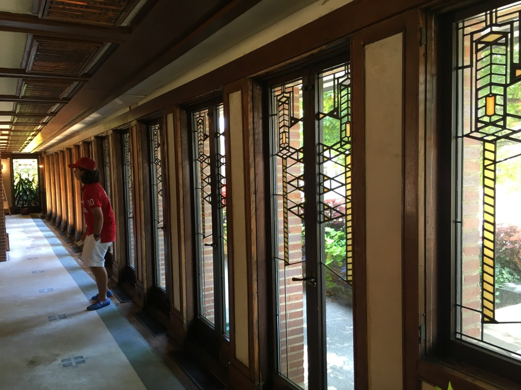 Continuous window wall was a common feature of FLW's work, as the building would open to the landscape.